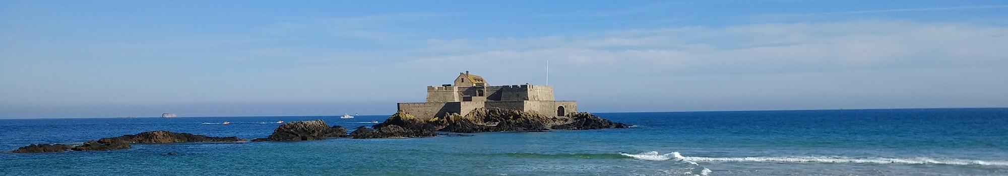 Visiter le Fort National à Saint-Malo